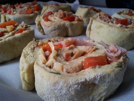 bułeczki ala pizza rolls