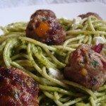 Zielone spaghetti z köttbullar czyli szwedzkimi klopsikami
