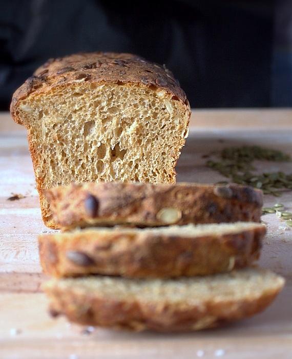 chleb dyniowy pszennozytni