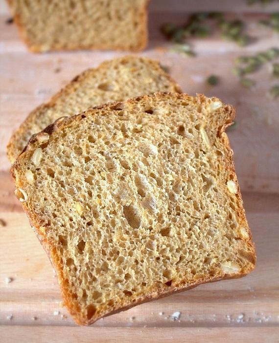chleb z dynia na zakwasie