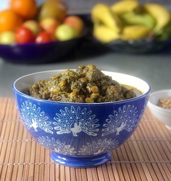perski gulasz ze szpinakiem i soczewica