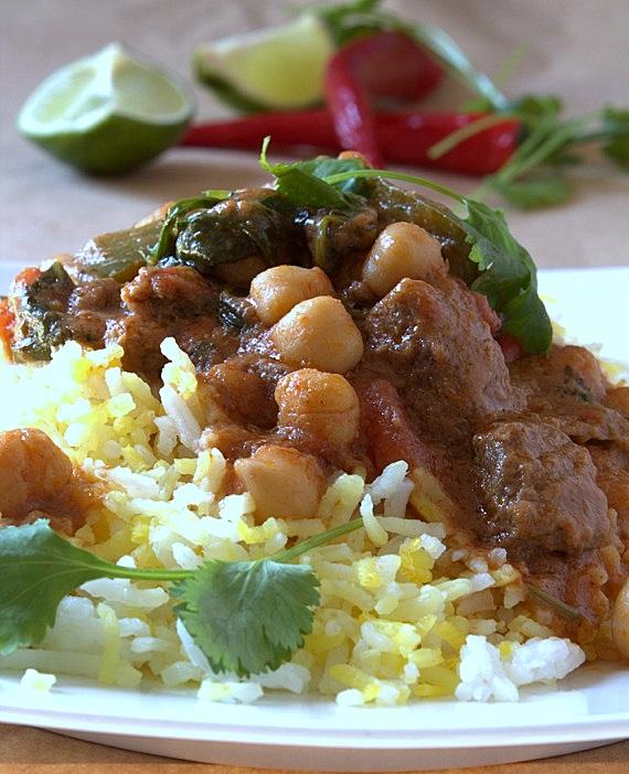 wołowe curry z ciecierzycą