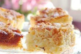 Ciasto migdałowe z rabarbarem