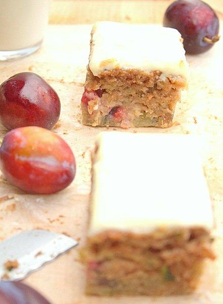 przepis na ciasto ucierane z cukinią