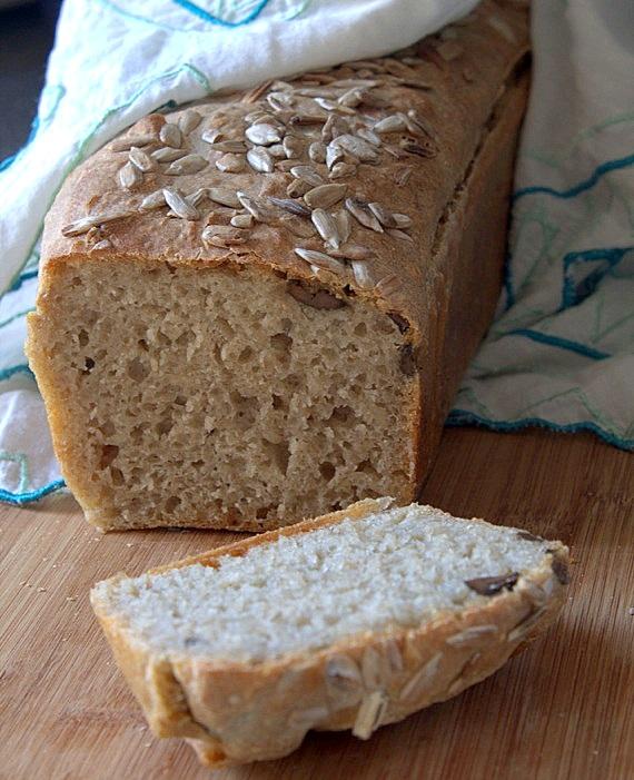 chleb oliwkowy na zakwasie