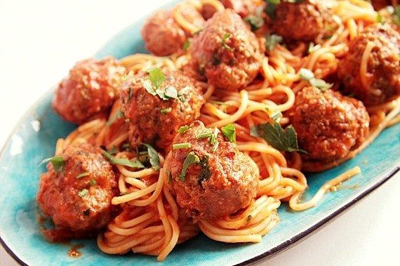 klopsiki mięsne w sosie pomidorowym