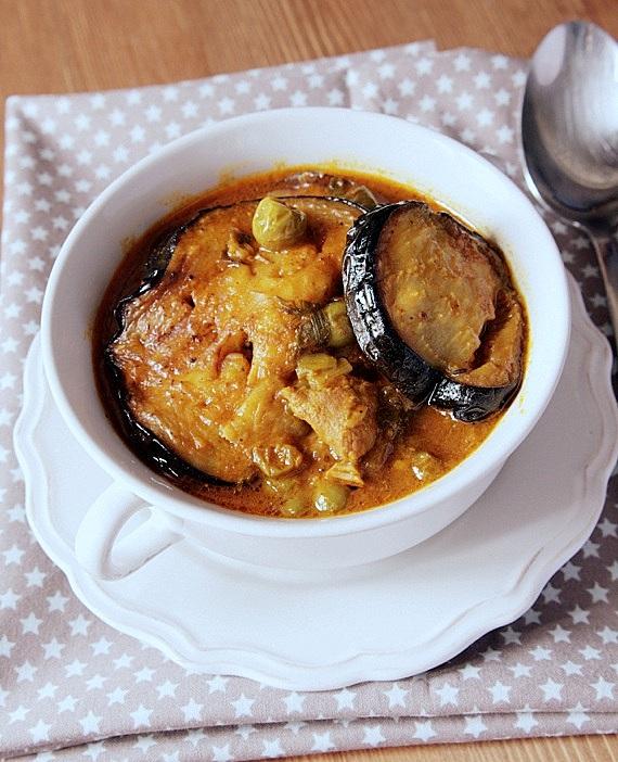perski gulasz z jagnięciny i bakłażana