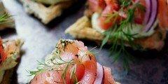 przekąska z łososia i awokado