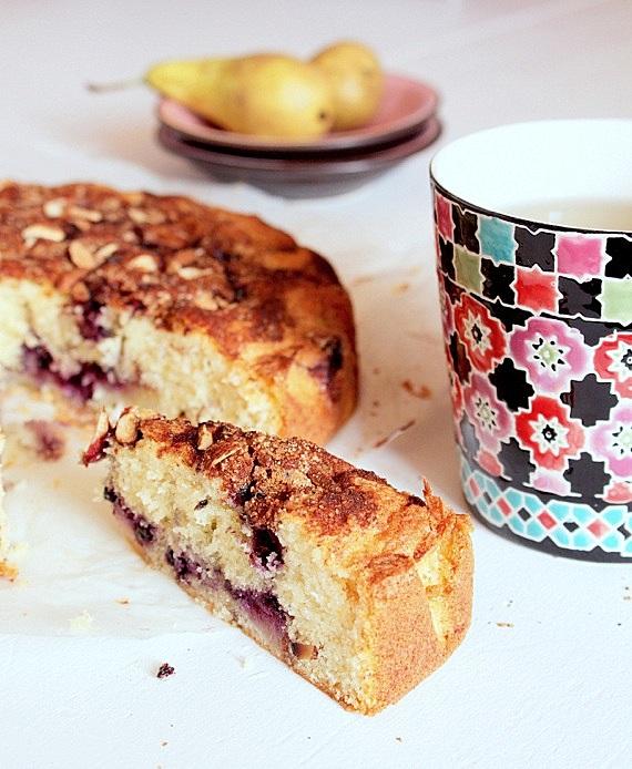 przepis ciasto ucierane z gruszkami jagodami