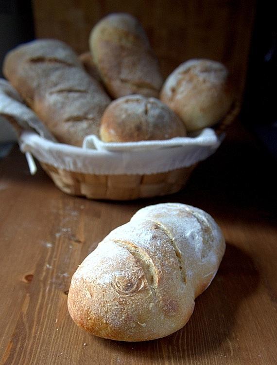pszenne pieczywo na pszennym zakwasie