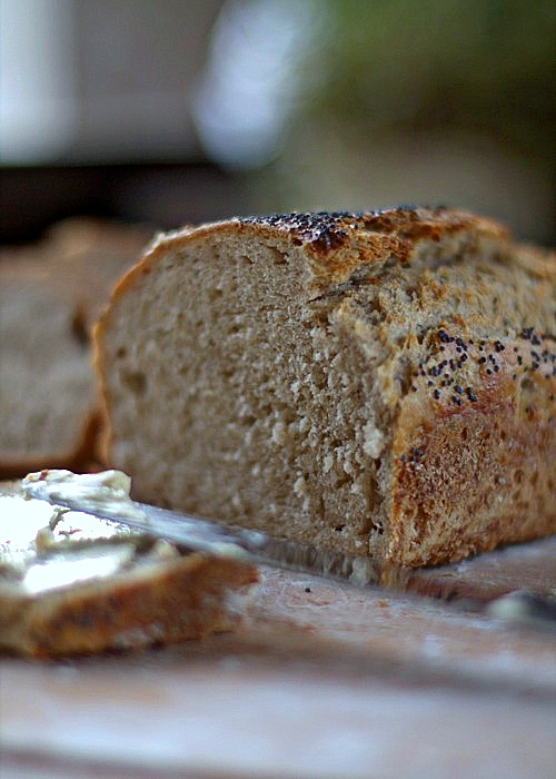 chleb z mąki pszennej z pełnego przemiału