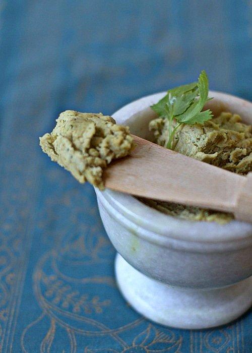 hummus z ciecierzycy i tahini