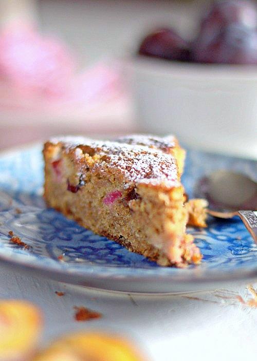 bezglutenowe ciasto ze śliwkami