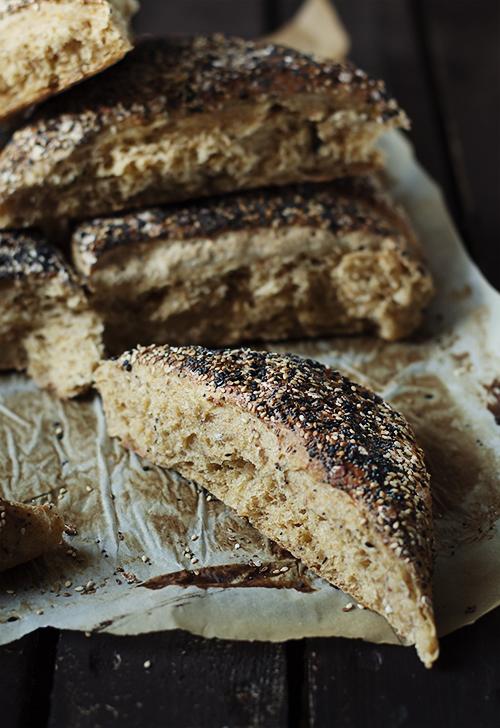 chleb marchewkowy,bułki z marchewką