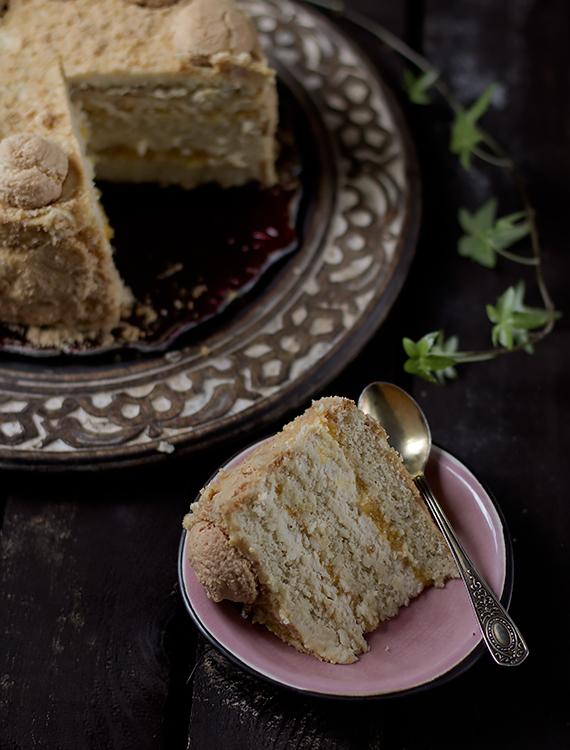 tort migdałowy amaretti świąteczny