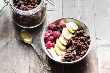 czekoladowa granola przepis