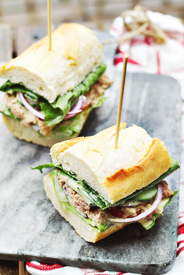 Pan bagnat czyli kanapka po nicejsku