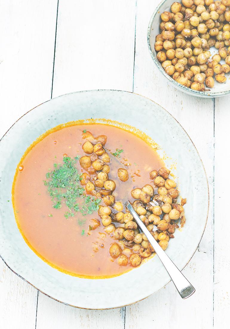orientalna pomidorowa zupa