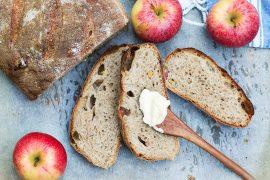 jabłkowy chleb