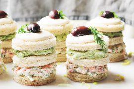 kanapki tortowe łososiowe