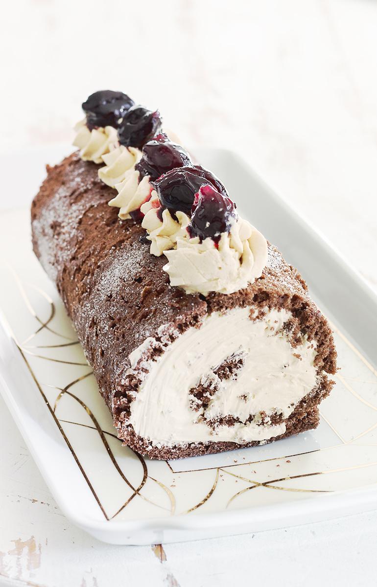 czekoladowa rolada przepis