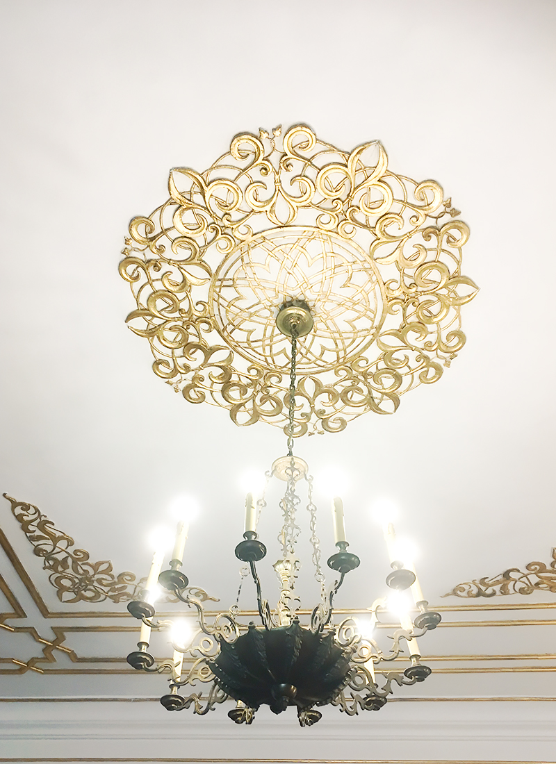 lampa Kórnik