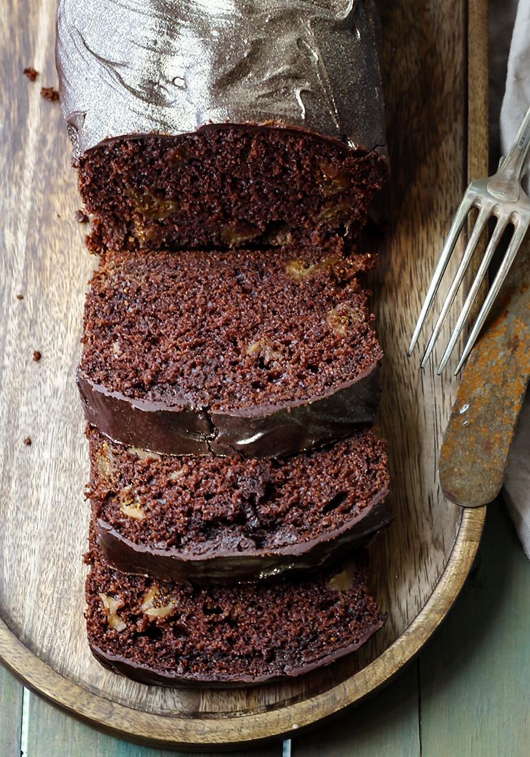 ciasto z suszonymi daktylami
