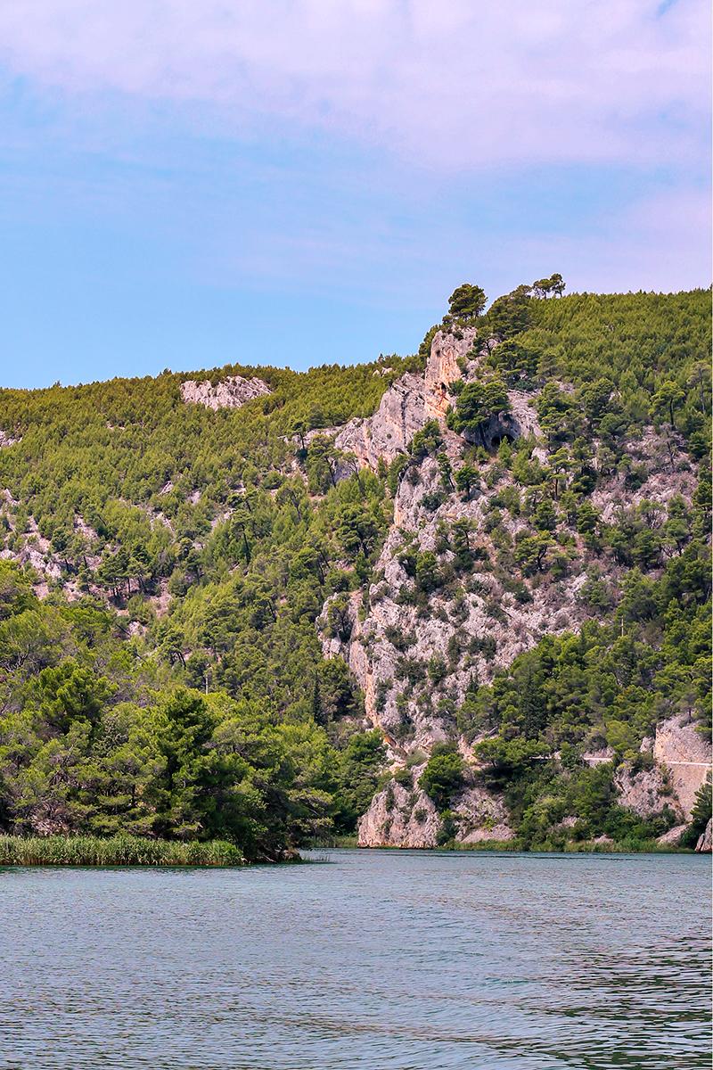rzeka Krka statek Skredin