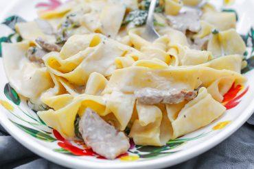 makaron polędwiczki sos przepis codojedzenia