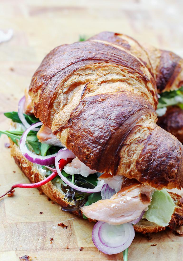 kanapki_croissants_przepis_blogkulinarny_codojedzenia