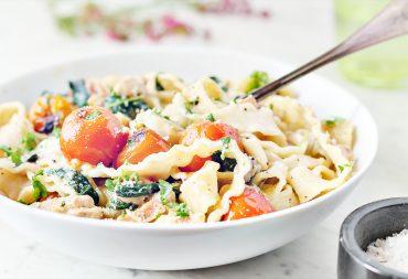 obiad przepis makaron sos kurczak codojedzenia