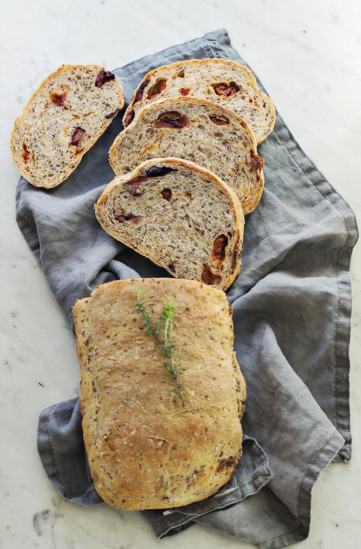 chleb z nasionami przepis codojedzenia