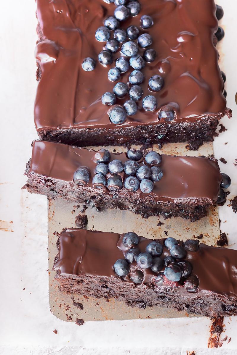 brownie z jagodami przepis czekolada codojedzenia