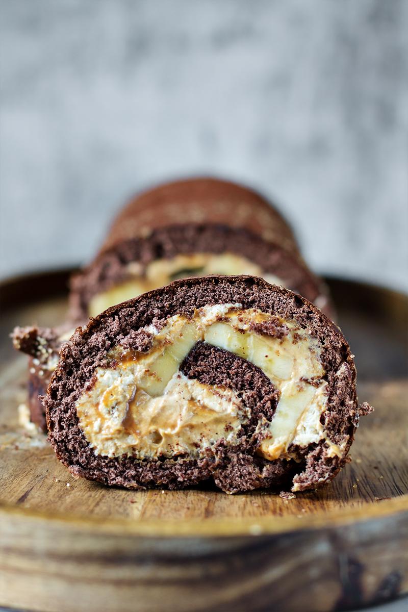 rolada ciasto tortowe banan deser do kawy codojedzenia