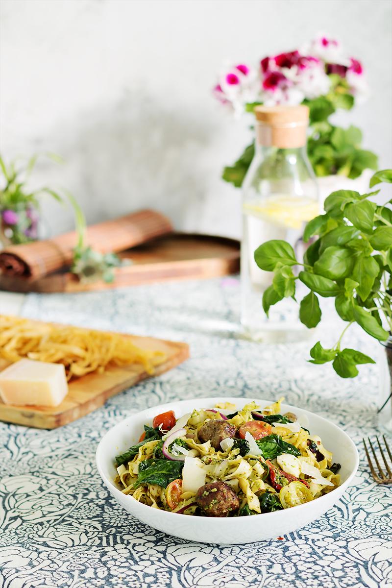 makaron z pesto na obiad codojedzenia